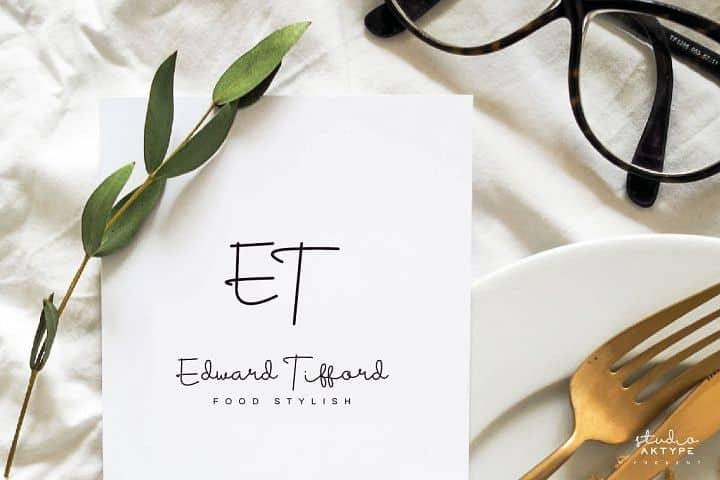 Free Housttik Handwritten Script Font for Invitations