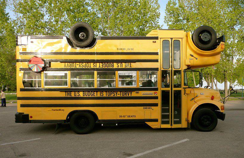 Topsy-turvy bus, 2007, C: Stefan Sagmeister