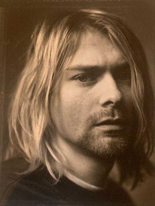 Mark Seliger (1959) - Kurt Cobain, Kalamazoo, Michigan, 1993